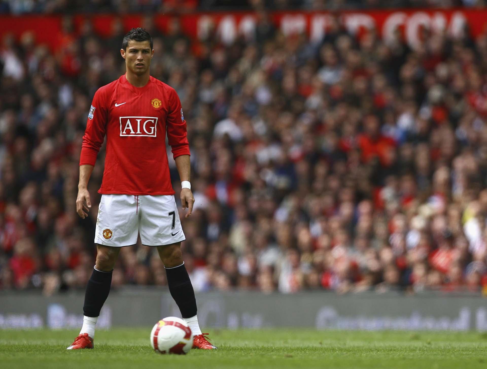 Ronaldo CR7 là một trong những ngôi sao trải nghiệm mẫu giày đá bóng nhẹ nhất Mercurial Superfly I