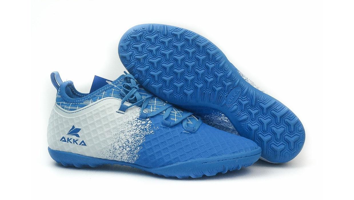 Akka là thương hiệu giày đá bóng chính hãng đến từ Việt Nam