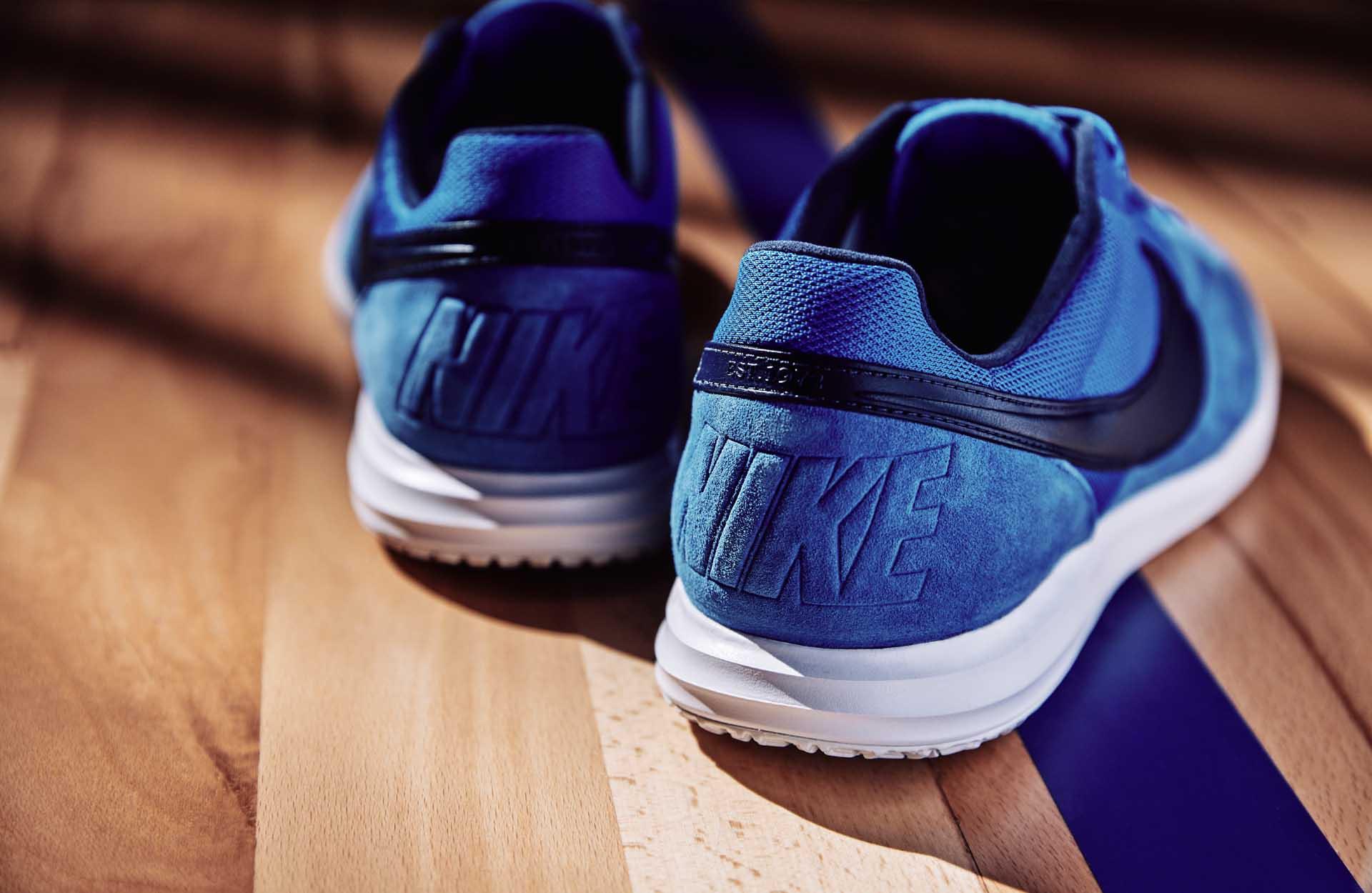 Đế giày êm ái với công nghệ đệm xốp Lunarlon của các mẫu giày bóng đá Skycourt