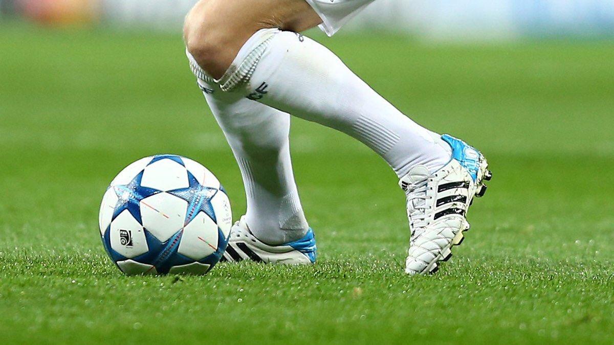 Toni Kroos luôn chỉ lựa chọn cho mình một đôi giày bóng đá Adidas cũ